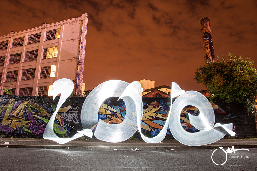 LIGHT GRAFFITI 24
